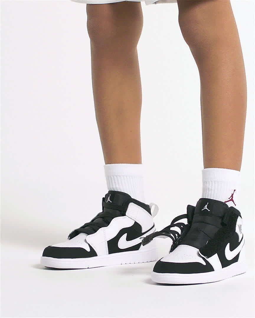 premium selection f69cc 24c48 Air Jordan 1 Mid Alt Younger Kids  Shoe. Nike.com IN