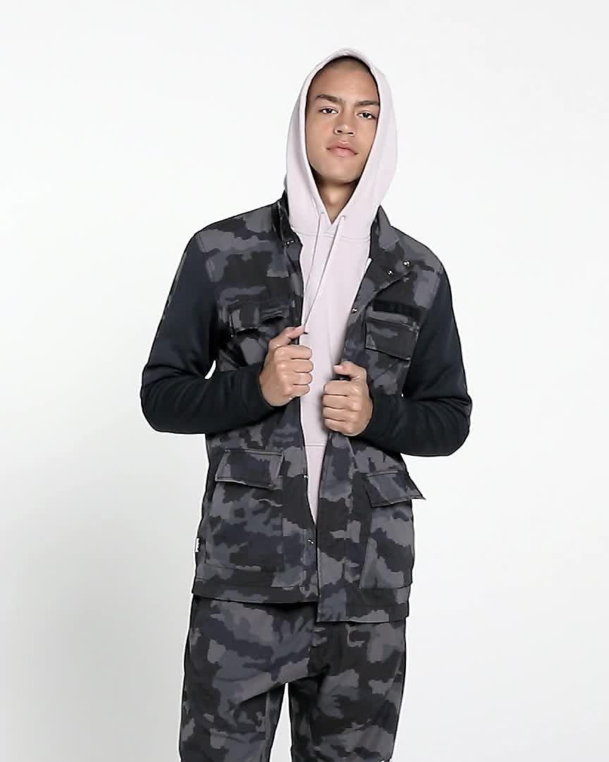a027c79accb6 Nike Sportswear NSW Men s Camo Jacket. Nike.com MA