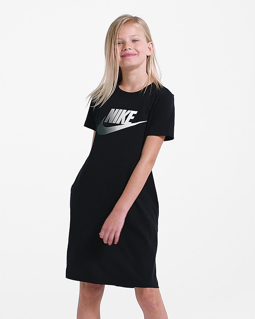 Nike Sportswear Older Kids' (Girls