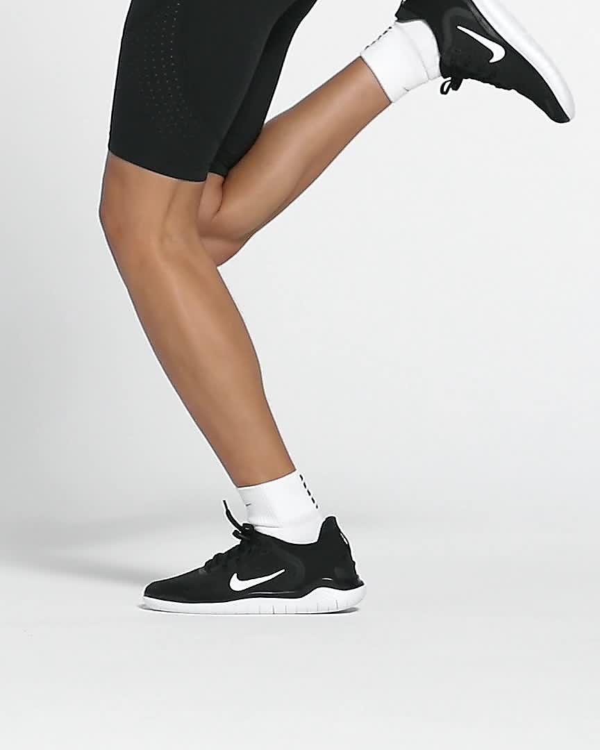 Schoenen Dames Nike Free 2019 Nike Free Rn ZwartWit