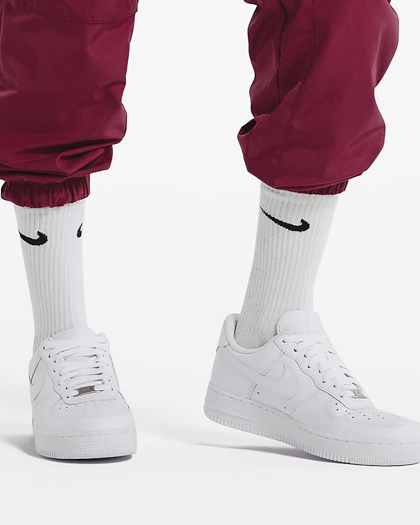Calzado para mujer Nike Air Force 1 '07 Triple White