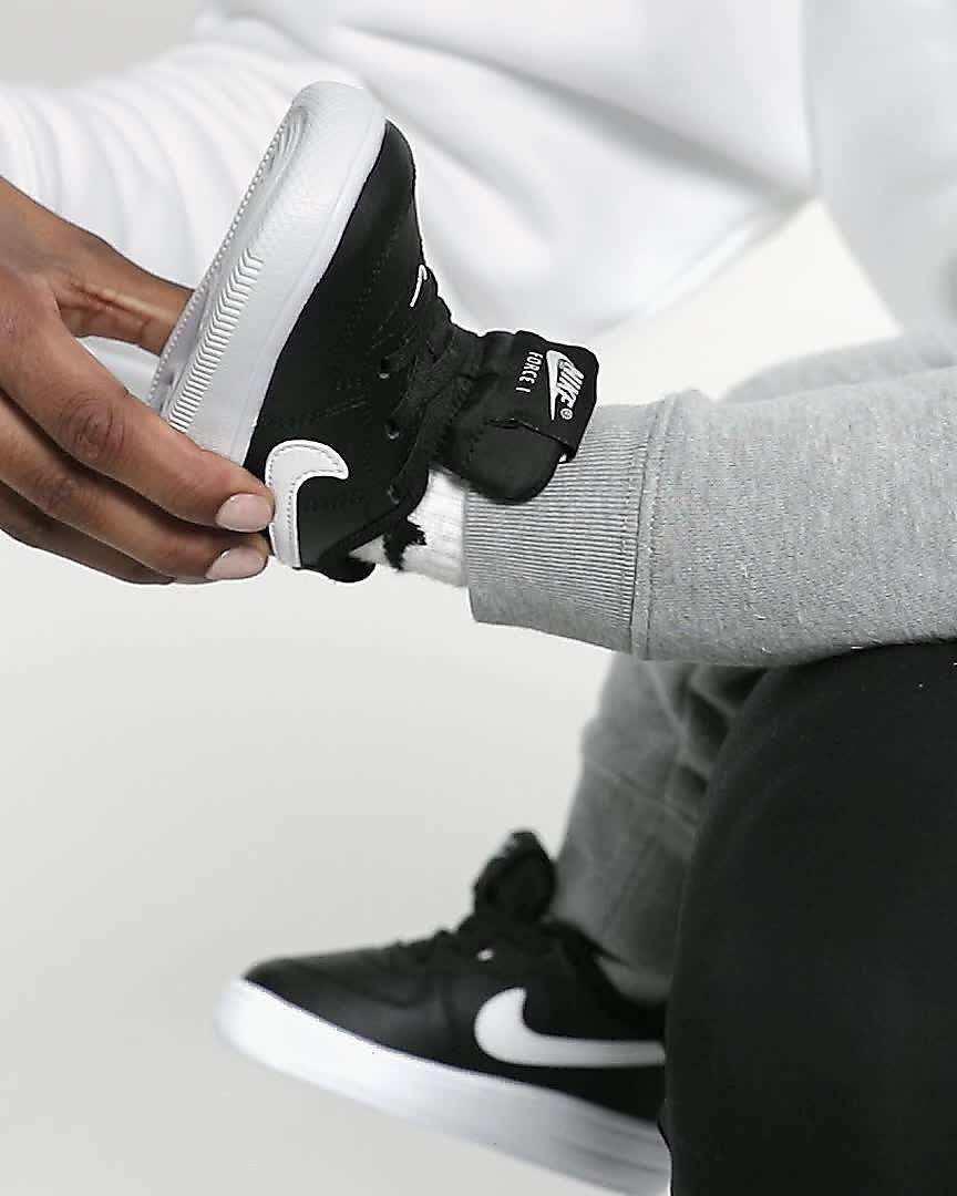 best service 41488 acb52 Chaussure Nike Force 1 '18 pour Bébé et Petit enfant. Nike.com FR