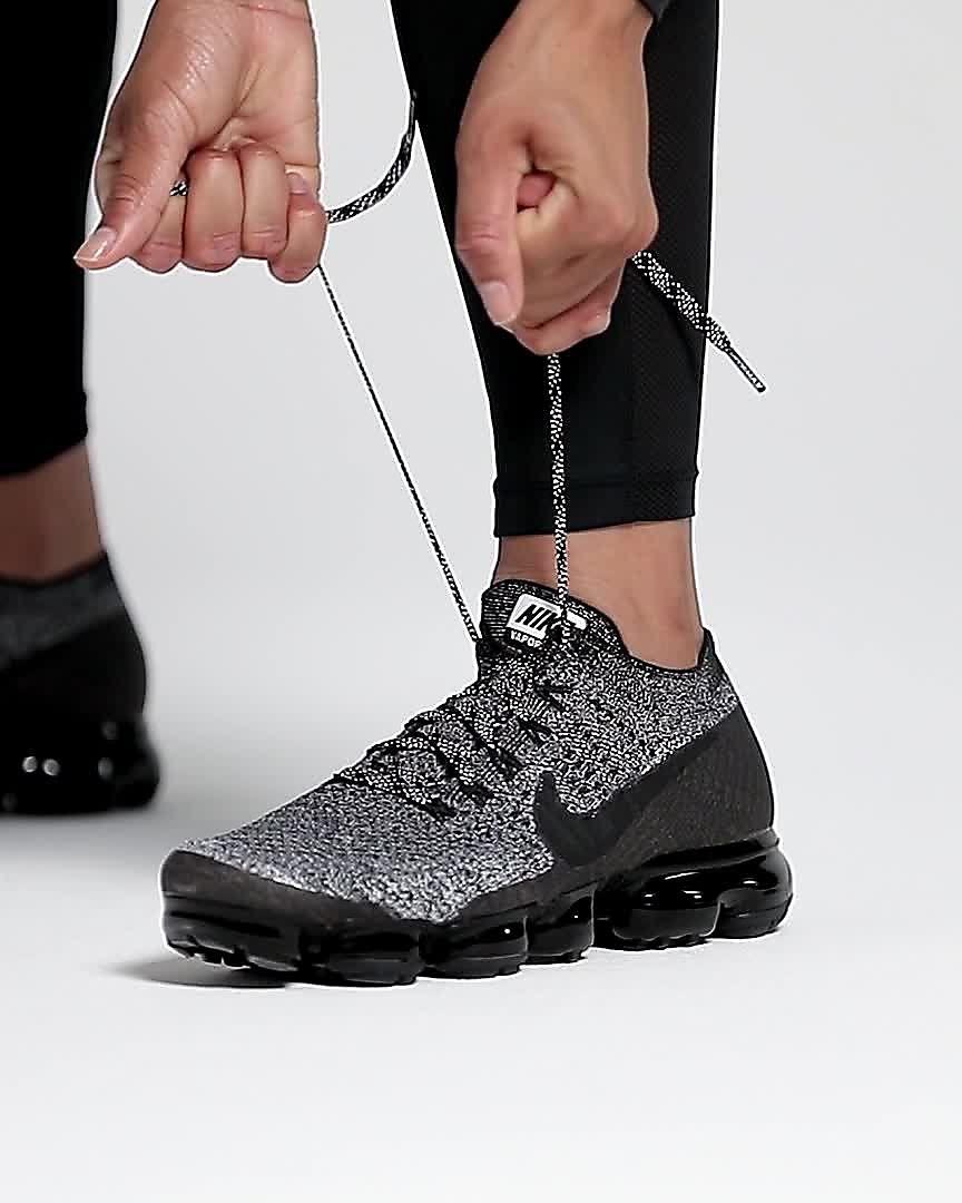 best service b3b08 525cd Chaussure de running Nike Air VaporMax Flyknit « Triple Noir » pour Femme.  Nike.com MA