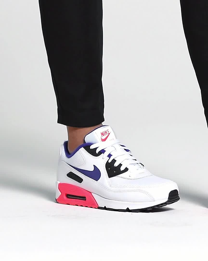 great quality on feet images of most popular Chaussure Nike Air Max 90 Essential pour Homme. Nike FR